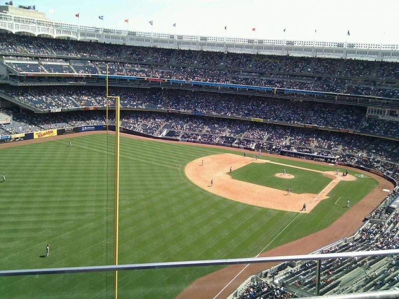 Seating view for Yankee Stadium Section 432a Row 2 Seat 9