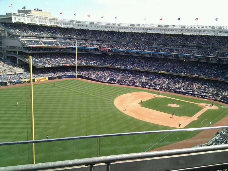 Seating view for Yankee Stadium Section 431b Row 2 Seat 13