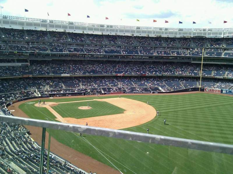 Seating view for Yankee Stadium Section 309 Row 1 Seat 9
