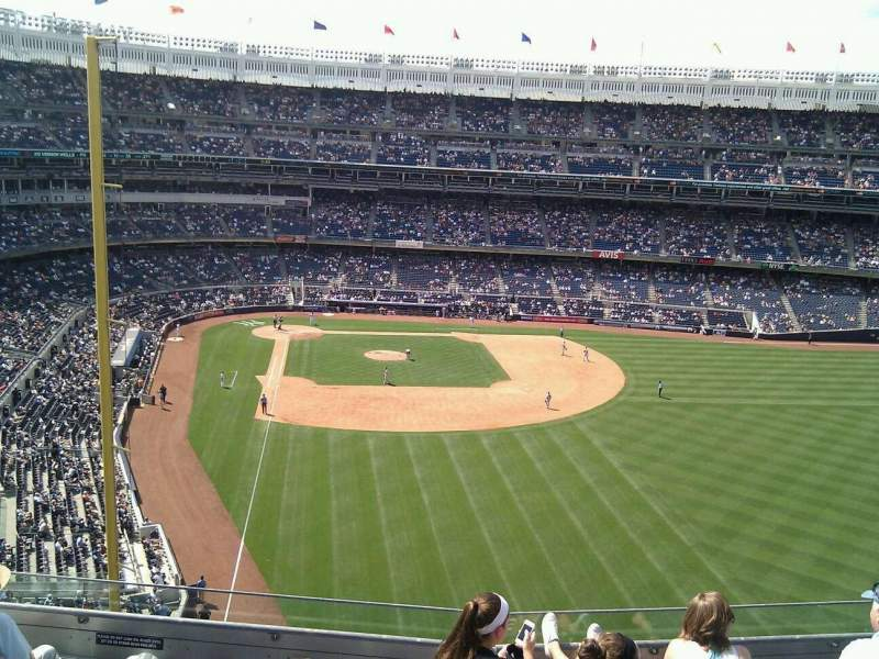 Seating view for Yankee Stadium Section 306 Row 6 Seat 21