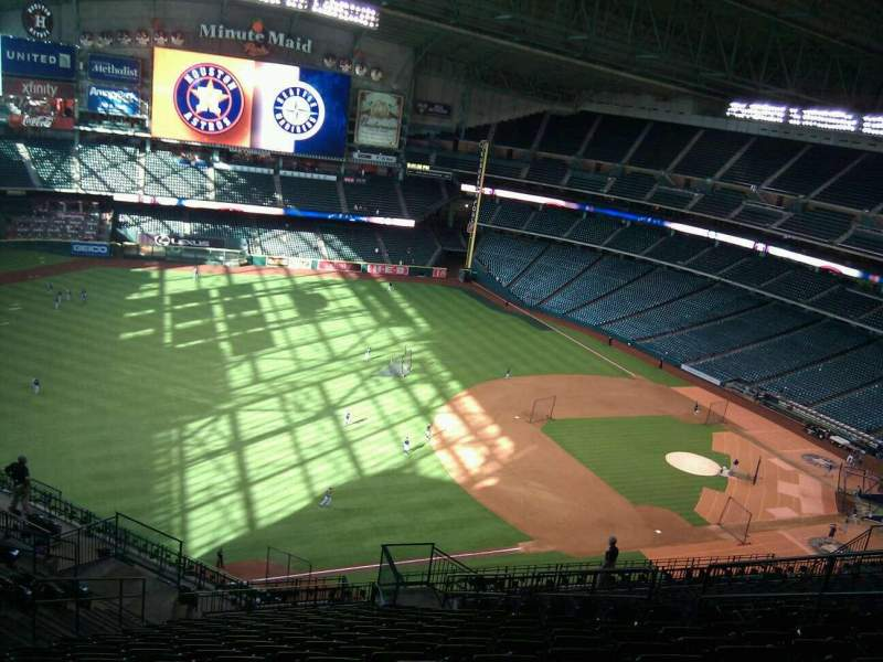 Seating view for Minute Maid Park Section 408 Row 17 Seat 11