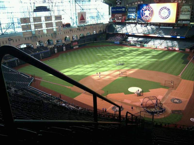 Seating view for Minute Maid Park Section 416 Row 17 Seat 30