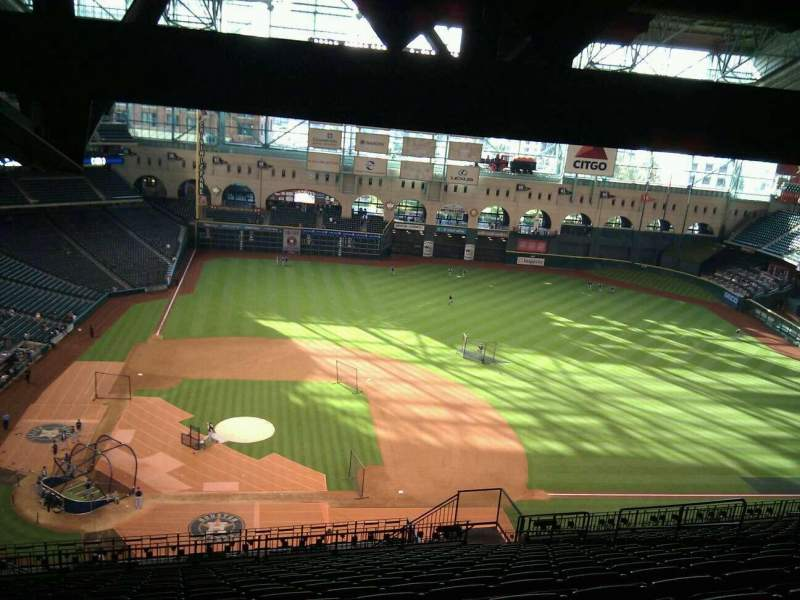 Seating view for Minute Maid Park Section 424 Row 17 Seat 10