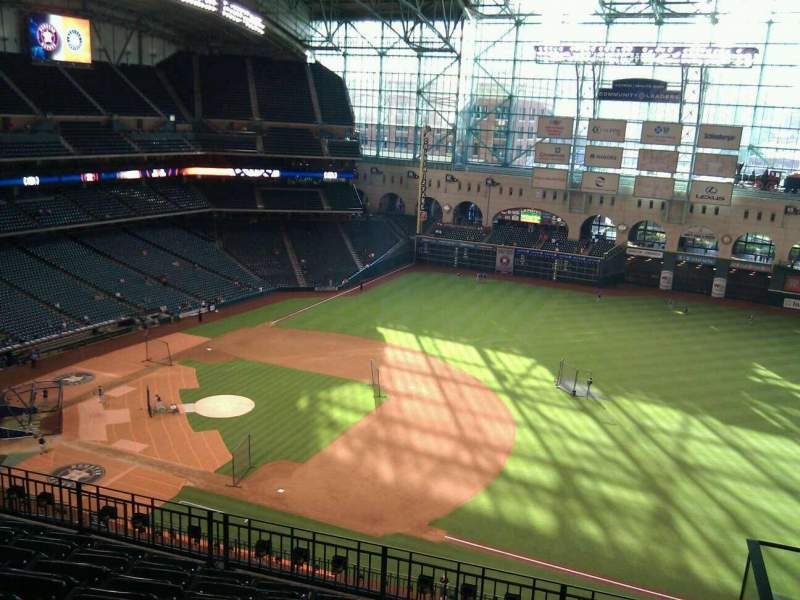 Seating view for Minute Maid Park Section 428 Row 7 Seat 22