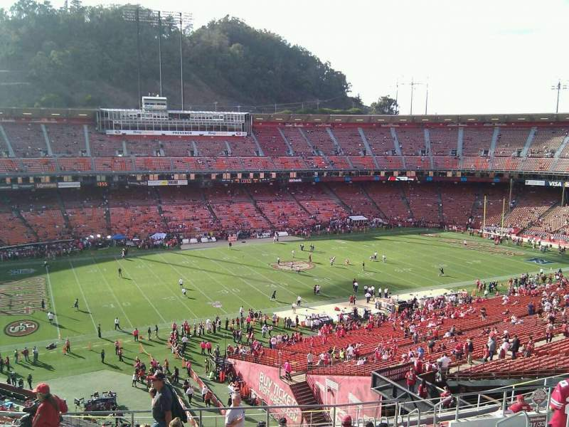 Seating view for Candlestick Park Section 31 Row 11 Seat 9