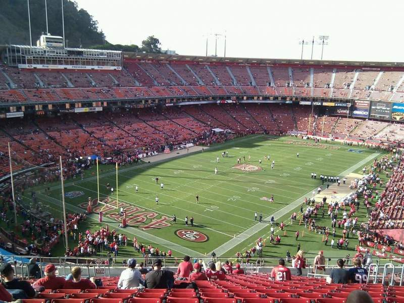 Seating view for Candlestick Park Section 19 Row 21 Seat 10