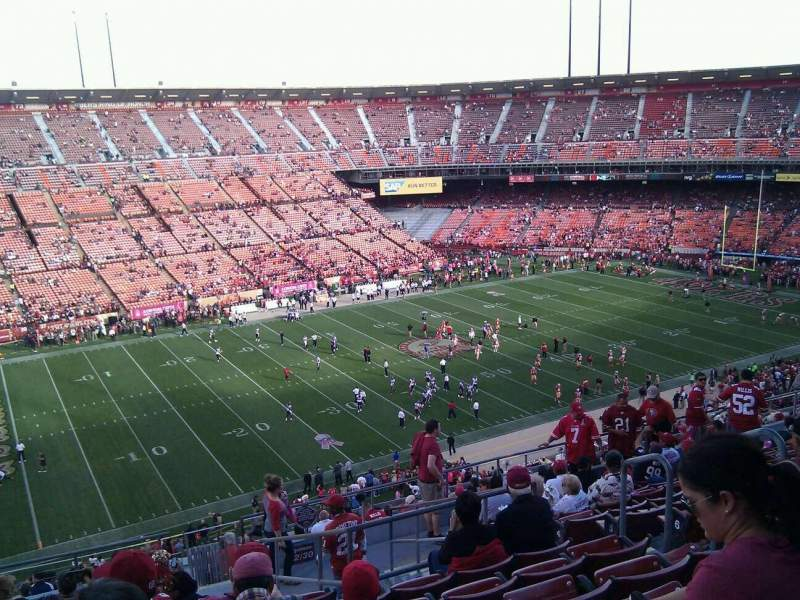 Seating view for Candlestick Park Section 32 Row 12 Seat 7