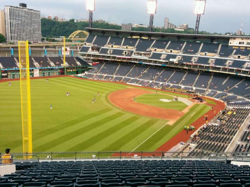 Seating view for PNC Park Section 333 Row R Seat 17