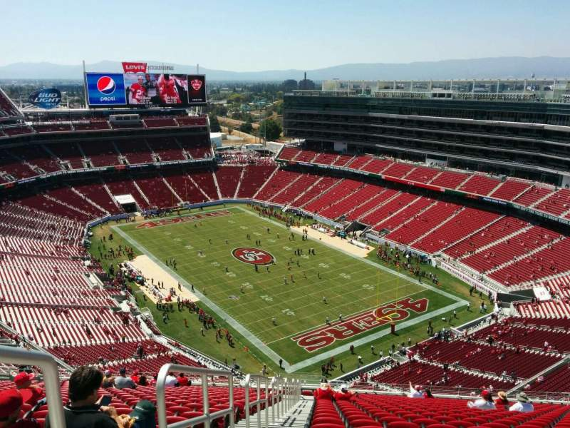Seating view for Levi's Stadium Section 402 Row 27 Seat 26