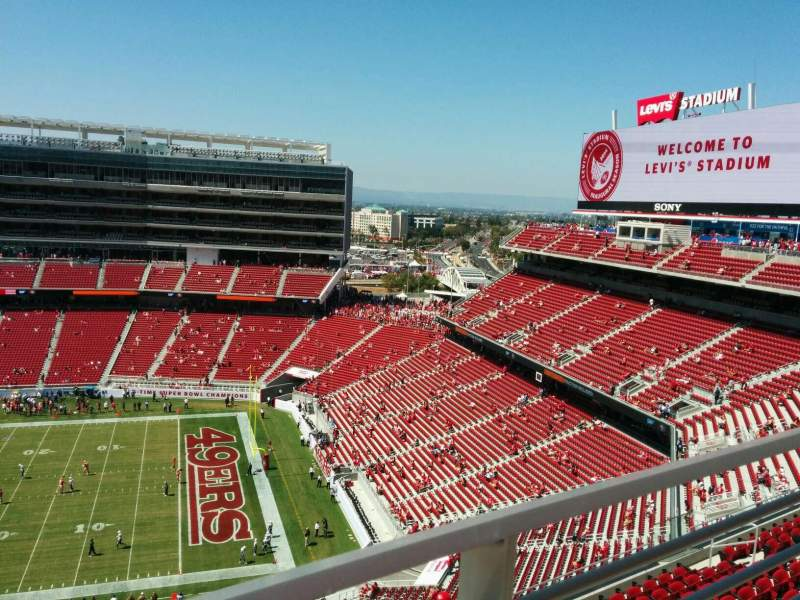 Seating view for Levi's Stadium Section 408 Row 1 Seat 17