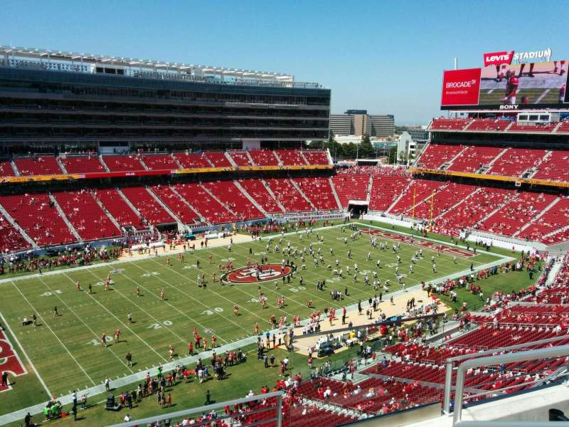 Seating view for Levi's Stadium Section 319 Row 4 Seat 3