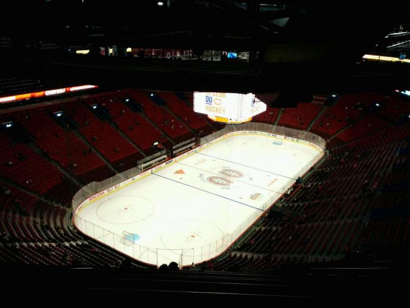 Seating view for Centre Bell Section 425 Row D Seat 9