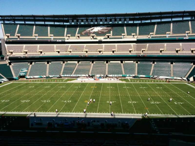 Seating view for Lincoln Financial Field Section c1 Row 17 Seat 8