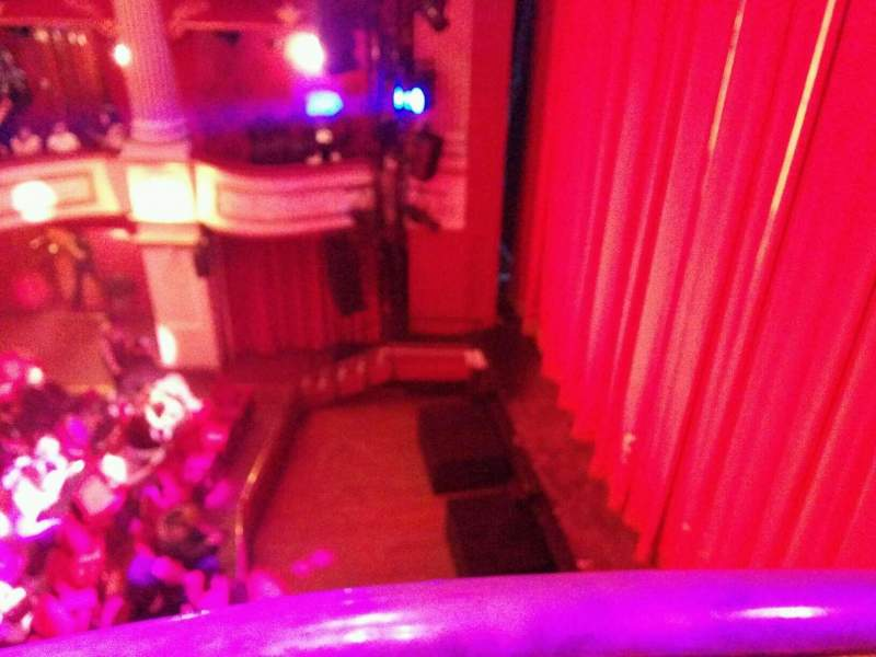 Seating view for New Theatre (Cardiff) Section box i Row 1 Seat 2