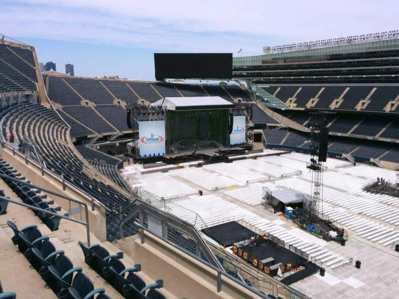 Seating view for Soldier Field Section 434 Row 4 Seat 9