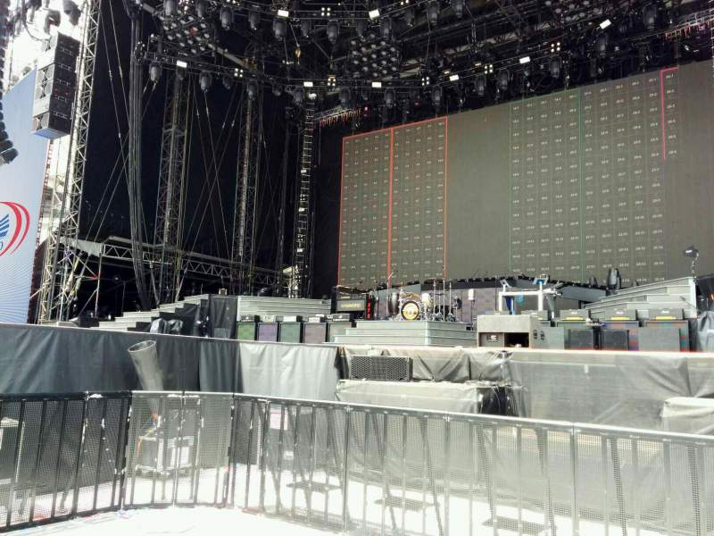 Seating view for Soldier Field Section pit right