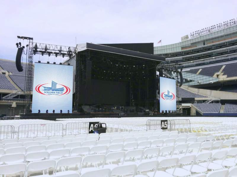 Seating view for Soldier Field Section b5 Row 10 Seat 15