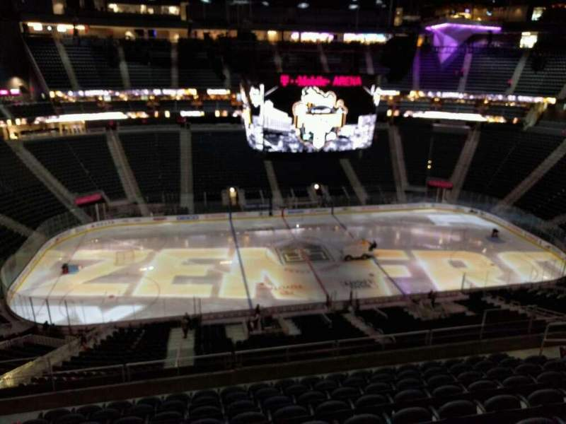 Seating view for T-Mobile Arena Section 204 Row j Seat 6