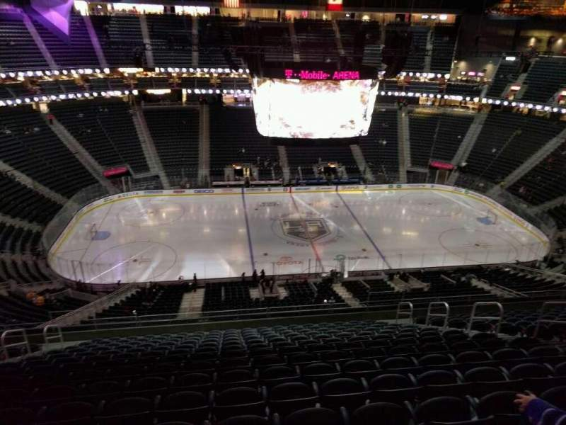 Seating view for T-Mobile Arena Section 222 Row p Seat 9