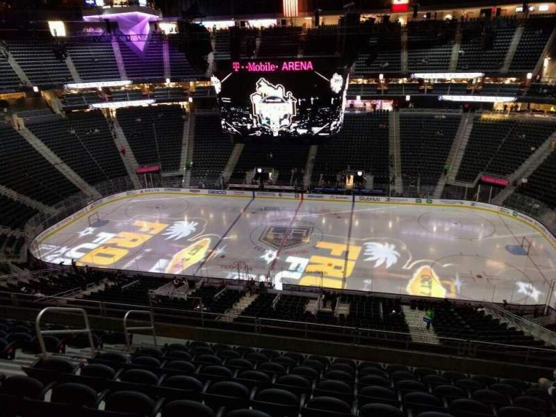 Seating view for T-Mobile Arena Section 224 Row j Seat 8