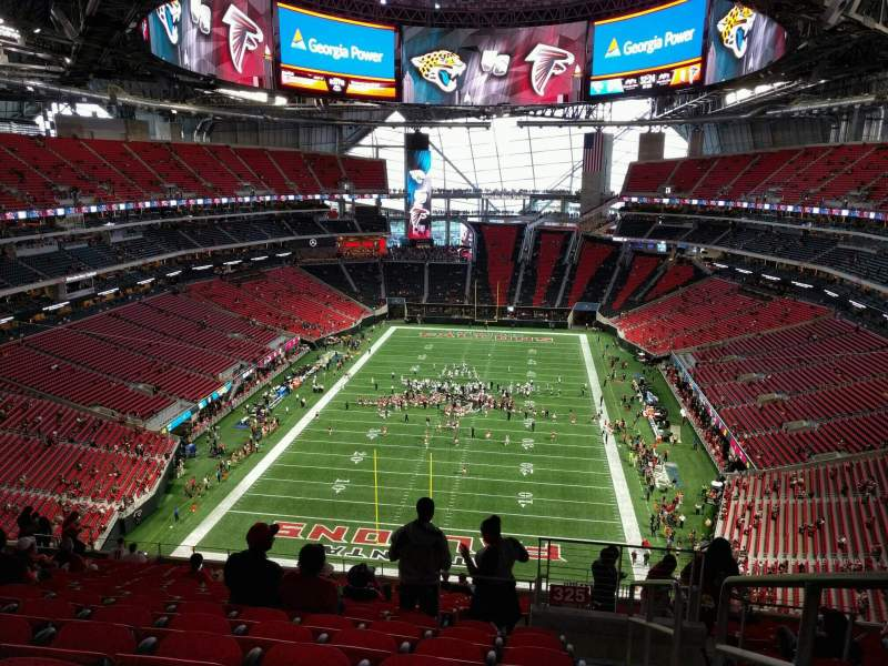 Mercedes benz stadium section 325 home of atlanta for Hotel near mercedes benz stadium atlanta