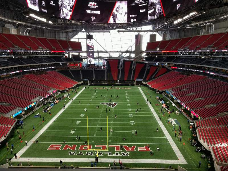Seating view for Mercedes-Benz Stadium Section 325 Row 1 Seat 15