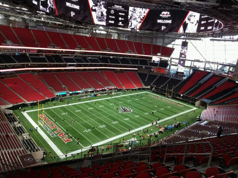 Mercedes benz stadium section 318 row 16 seat 7 for Hotel near mercedes benz stadium atlanta