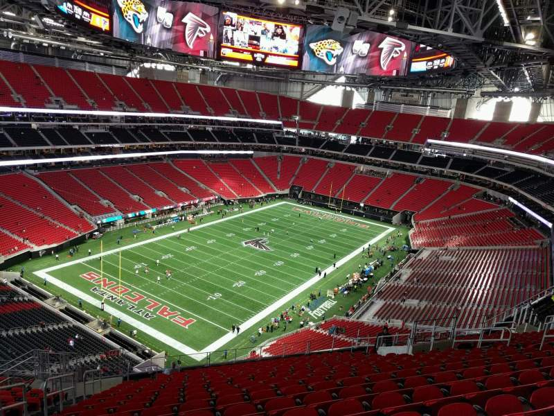 Mercedes benz stadium level 3 300 level home of atlanta for Hotel near mercedes benz stadium atlanta