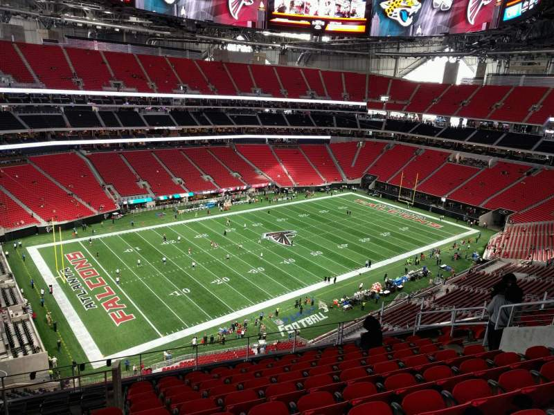 Mercedes benz stadium section 345 row 10 seat 12 for Hotel near mercedes benz stadium atlanta