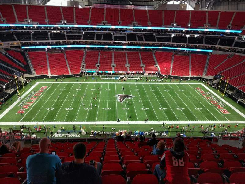 Mercedes benz stadium section 340 row 15 seat 13 for Hotel near mercedes benz stadium atlanta