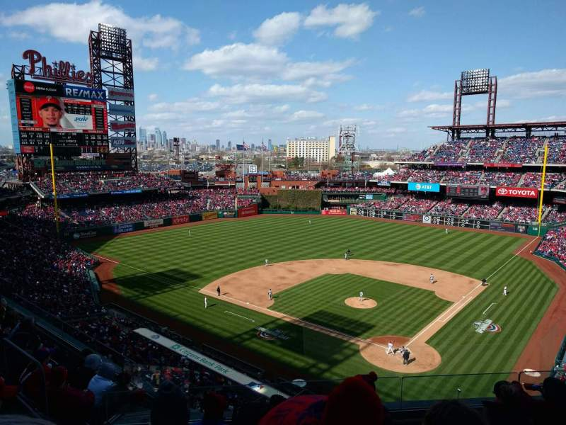 Seating view for Citizens Bank Park Section 322 Row 6 Seat 13