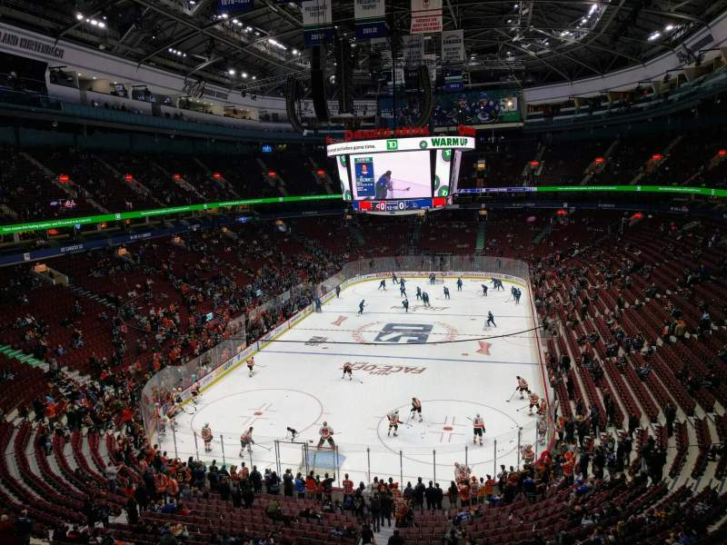 Seating view for Rogers Arena Section 314 Row 5 Seat 105
