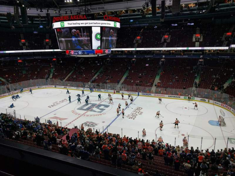 Seating view for Rogers Arena Section 321 Row 3 Seat 102