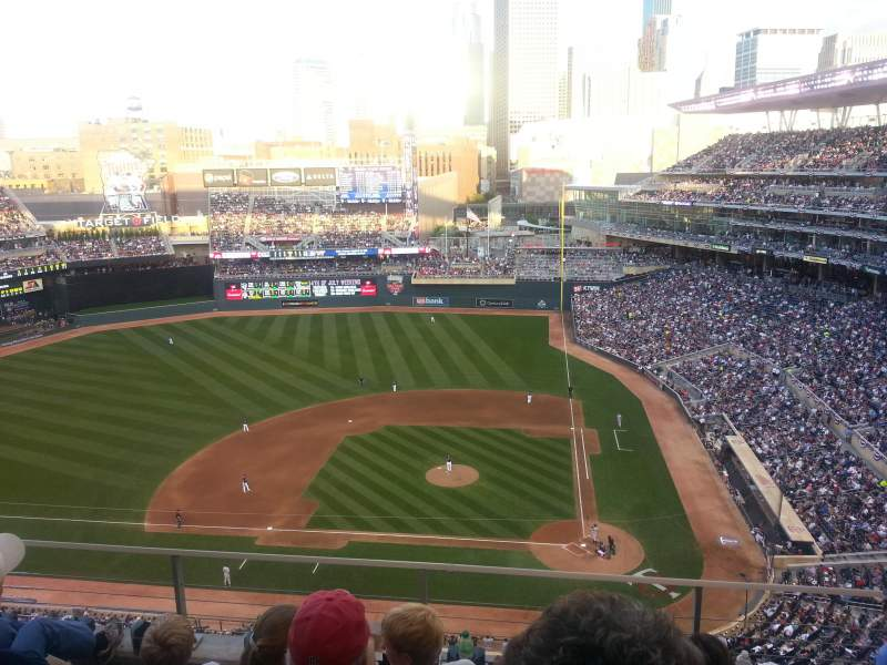 Seating view for Target Field Section 319 Row 4 Seat 10