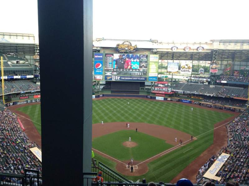 Seating view for Miller Park Section 422 Row 16 Seat 2