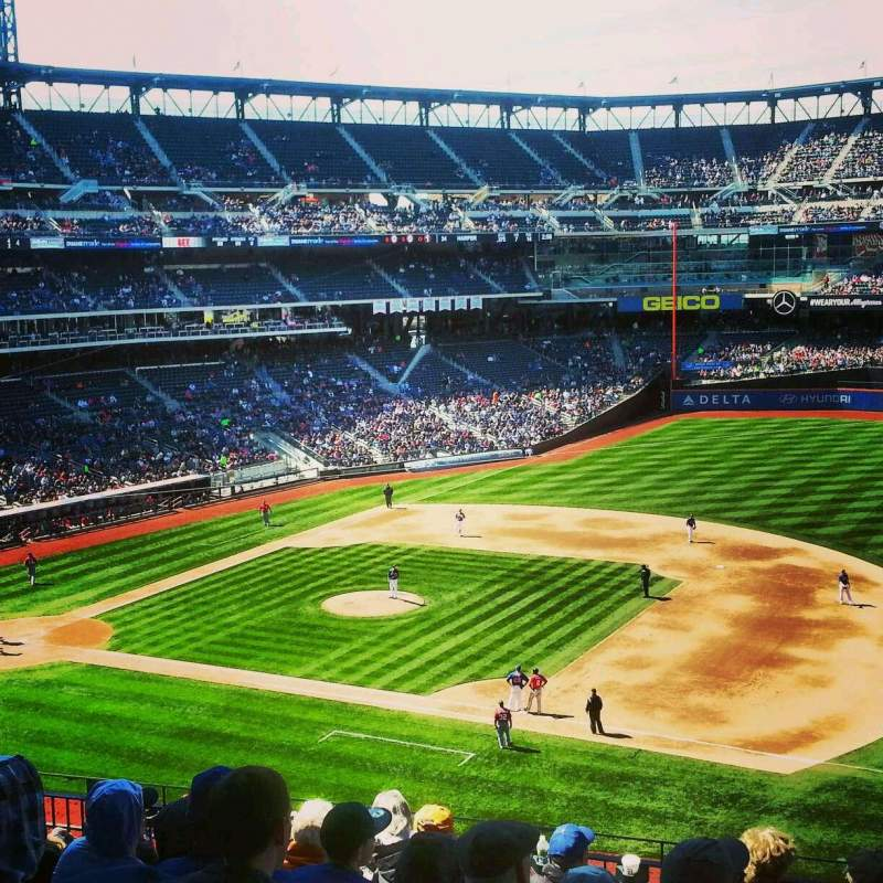 Seating view for Citi Field Section 310 Row 11 Seat 7