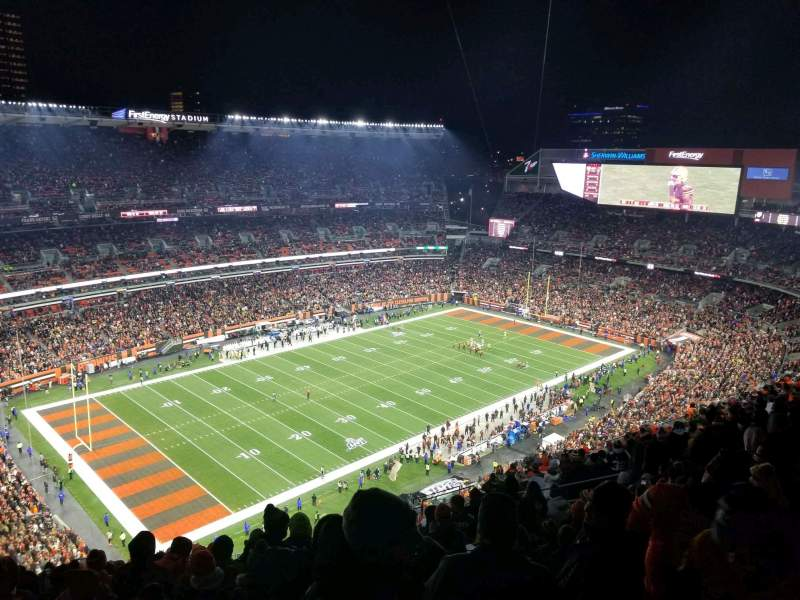 Seating view for FirstEnergy Stadium Section 528 Row 26 Seat 8