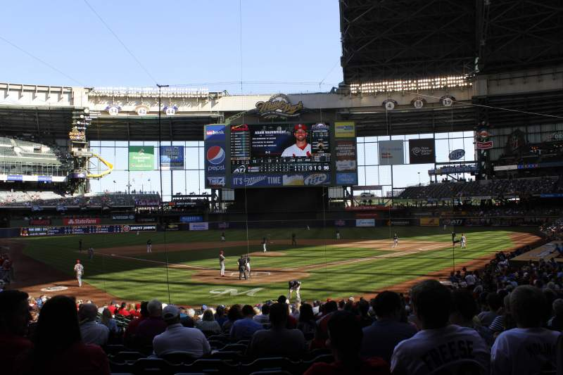 Seating view for Miller Park Section 117 Row 24 Seat 6