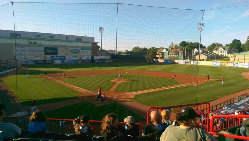 UPMC Park, section: 206, row: EE , seat: 3