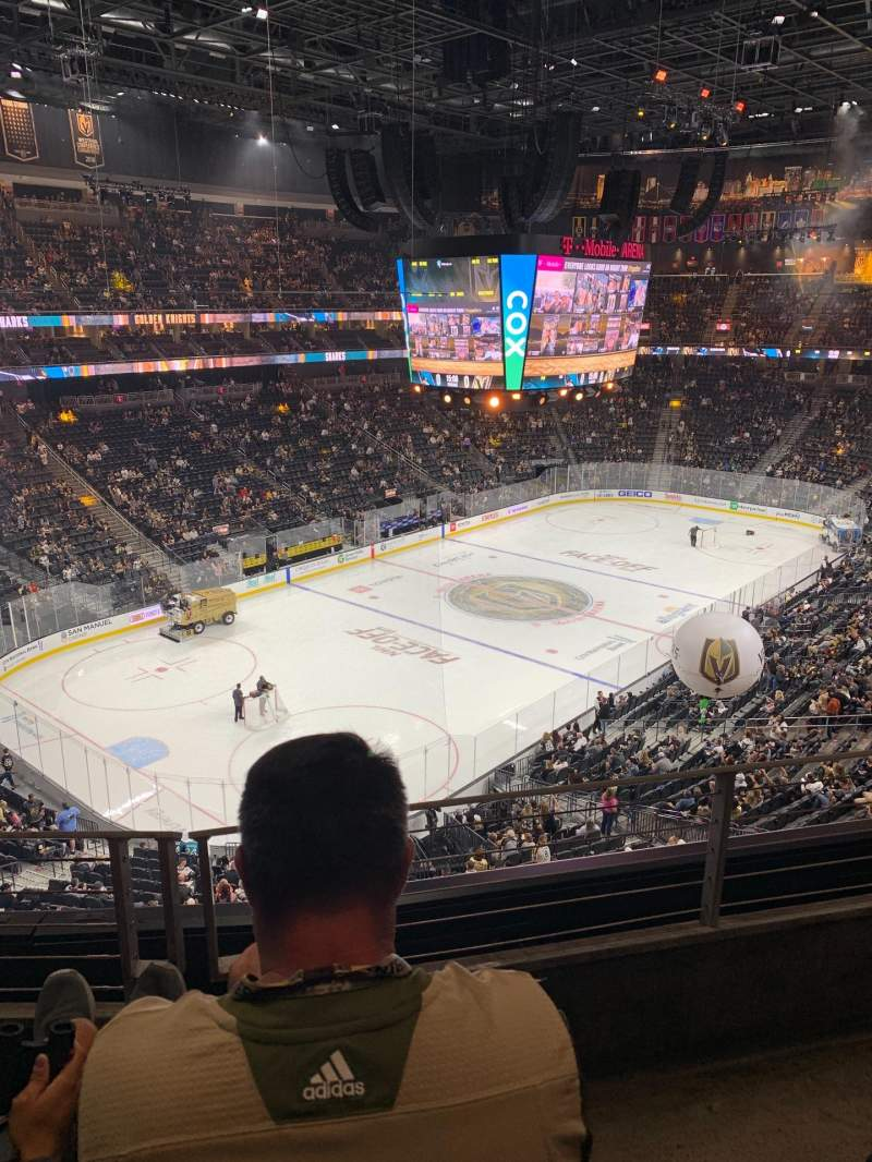 Seating view for T-Mobile Arena Section 218 Row B Seat 8