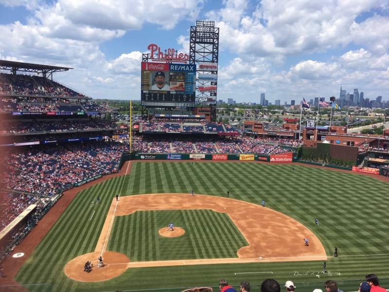 Seating view for Citizens Bank Park Section 318 Row RAIL Seat SRO