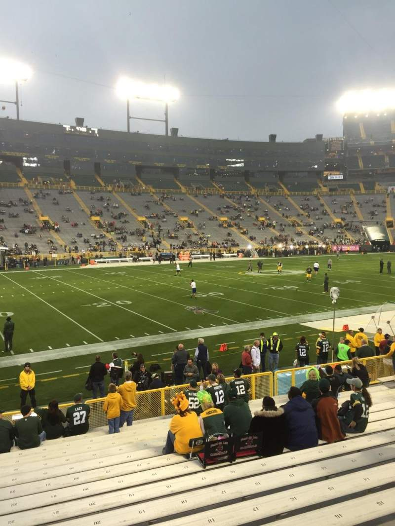 Seating view for Lambeau Field Section 114 Row 18 Seat 22