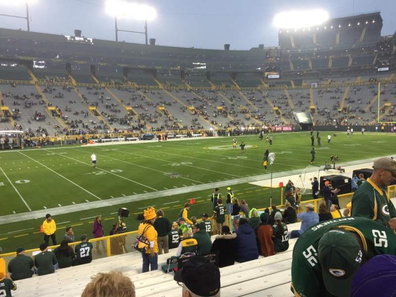 Seating view for Lambeau Field Section 114 Row 17 Seat 22