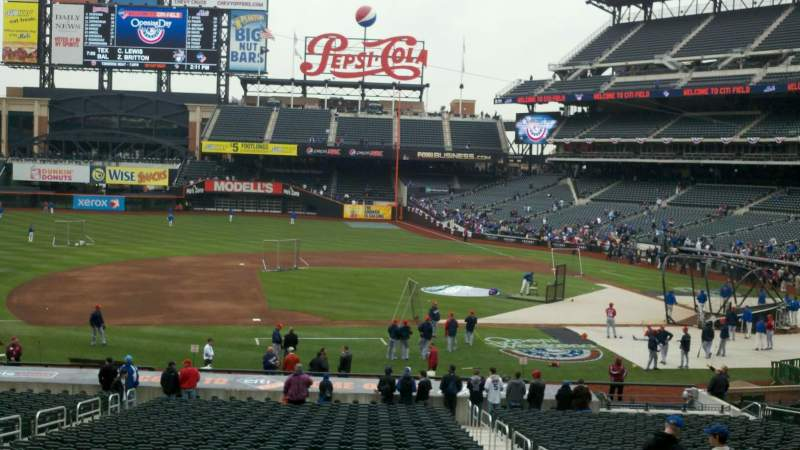 Seating view for Citi Field Section 122 Row 31 Seat 5