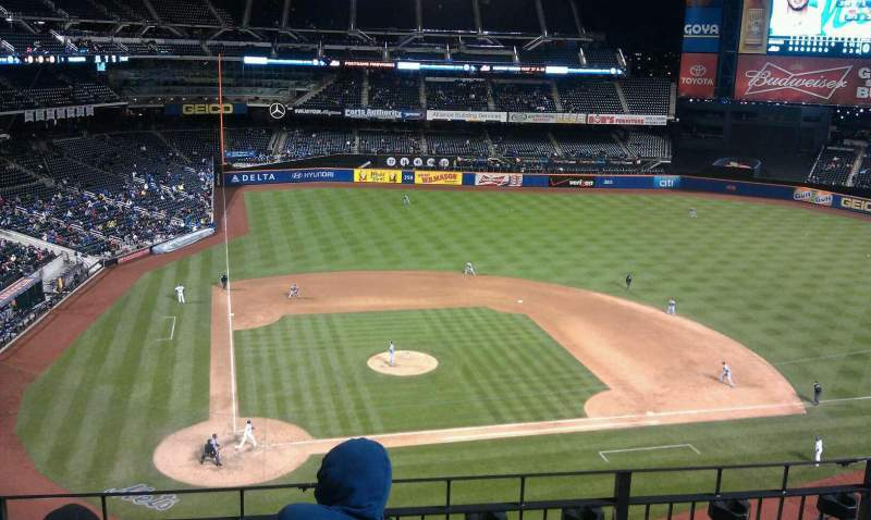 Seating view for Citi Field Section 410 Row 4 Seat 4