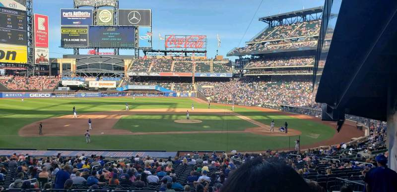 Seating view for Citi Field Section 121 Row 31 Seat 3