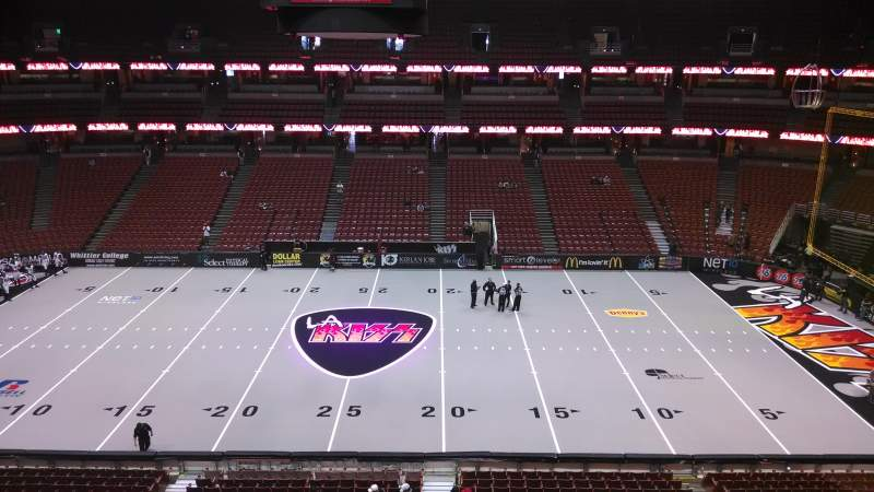 Honda Center, section: 433, row: B, seat: 8