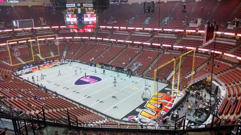 Honda Center, section: 428, row: M, seat: 8