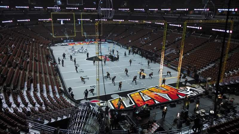 Seating view for Honda Center Section 426 Row M Seat 8