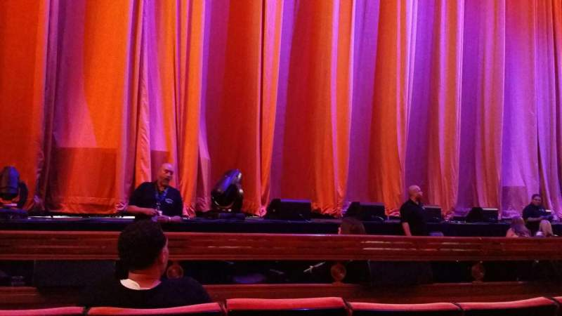 Seating view for Radio City Music Hall Section Orchestra 5 Row DD Seat 513
